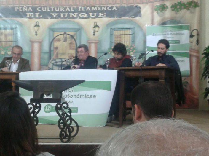 María José Ríder, Miguel Ángel Torrico y Álvaro Vega en un momento del debate.