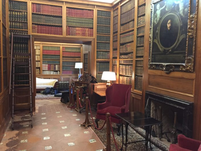 Una de las estancias del Palacio de Viana que se utilizaron en la grabación.