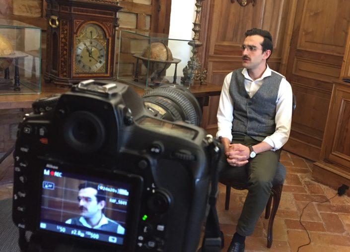 El actor cordobés Rafa Blanes encarna a D. Antonio Jaén Morente.